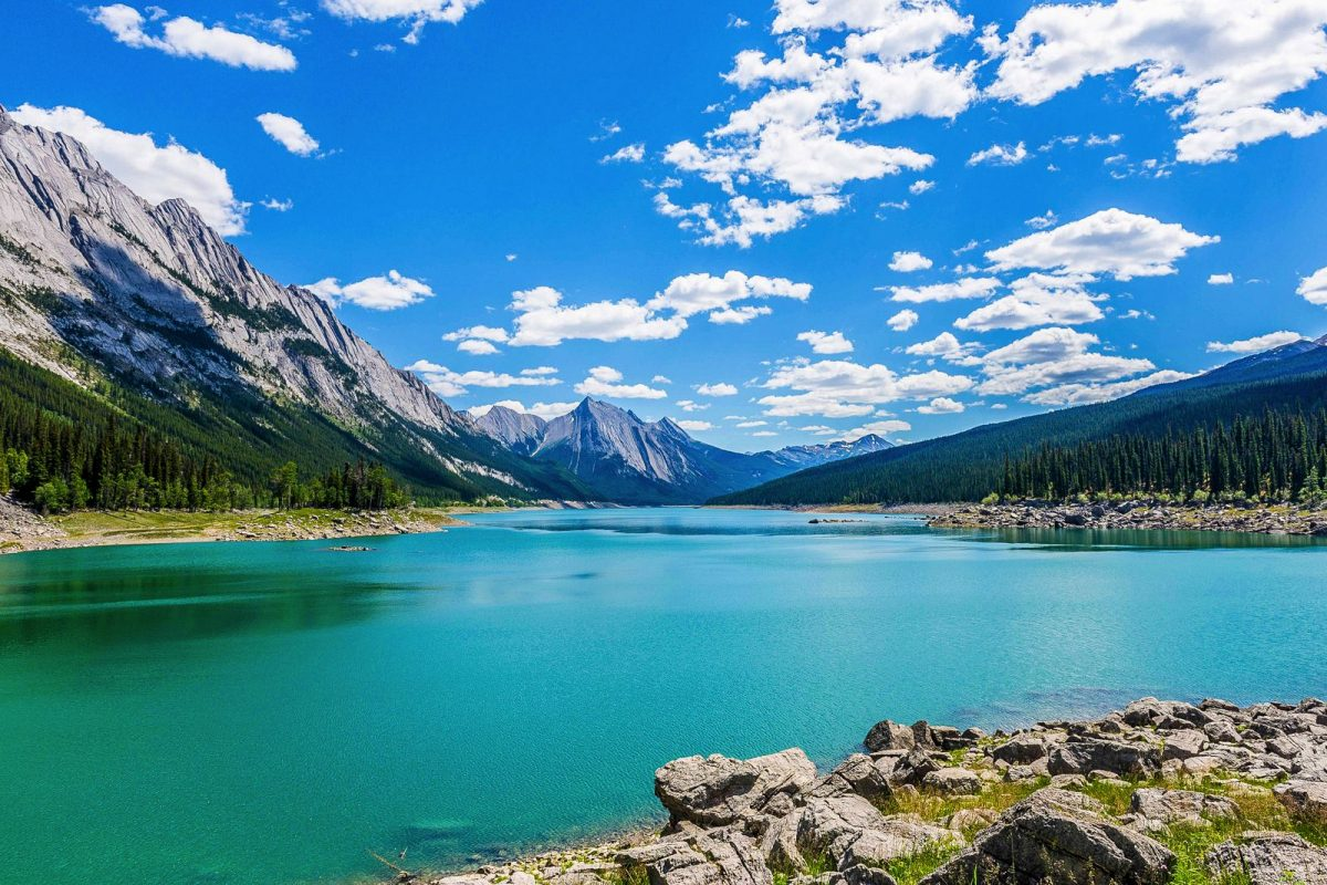 Top 10 Best Lakes in Western Canada